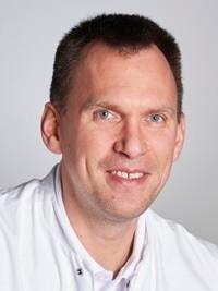 Dr. med. André Knust